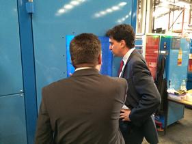 Ed Miliband Visits Doncaster Cables